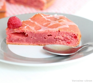 Gâteau moelleux framboise